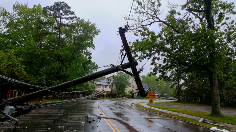 hurricane-disaster-connectivity-relief- signal